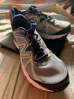 HELP to RAISE FUNd! New Balance Tech Ride 560v6
