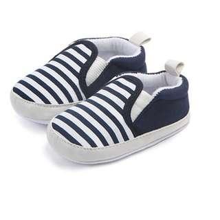 🚚 Instock - blue stripe crib shoes, baby infant toddler girl boy