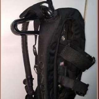 Like New Oxycheq BCD 18pounds Lift