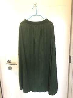 Repriced - Pleated skirt green army (wide)