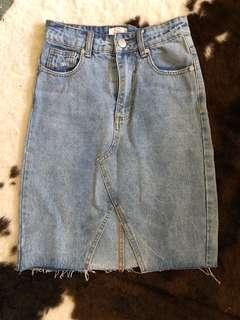 Knee length mini skirt light denim