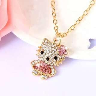 🚚 Swarovski elements crystal hello kitty necklace