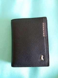 Brand new Leather wallet for men 全新男士真皮銀包 直款 加闊底部設計