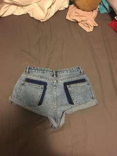 Short short (jean) (high waisted)