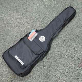 Brand new Guitar bags for Acoustic, Classical &Electric guitars - please read details below