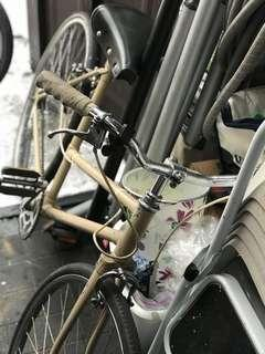 Vintage-looking bicycle