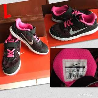 🚚 Nike Shoes for Kids