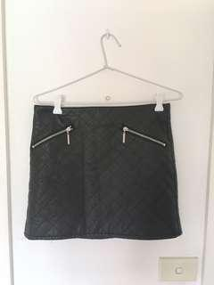 Black detailed faux leather mini skirt with zip