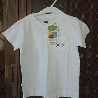 Uniqlo brandnew tshirt