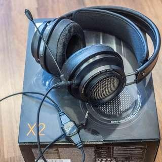 Philips Fidelio X2 with vmoda boom pro