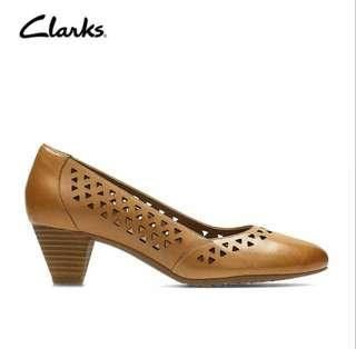 Clarks - Denny Dallas Leather Heels Shoes