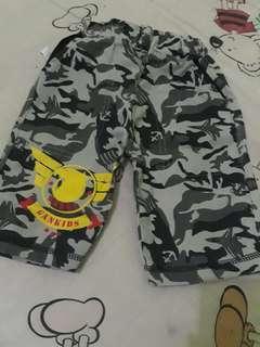 Celana armi anak 1 sampai 3tahun baru di pakai sx sempit size m.