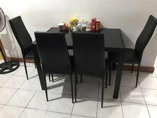 Black dining set (Tempered glass table top)