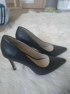 Betts for Her 6 black heels
