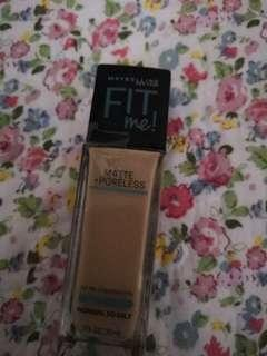 Maybelline Fit Me Foundation 220 natural beige