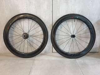 Zipp 404 Firecrest Black on black c/w 77/177 hubset