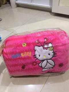 Bantal dakron hellokitty pinj