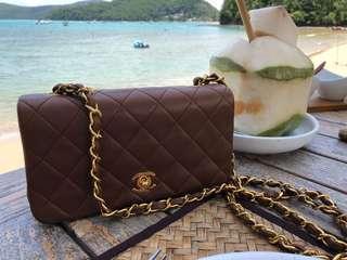 Chanel vintage bag 19