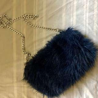Navy fluffy feather bag with chain
