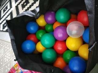🚚 Plastic Balls
