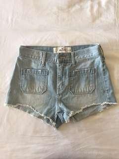 Hollister High Waisted Light Wash Shorts Size 0/W24