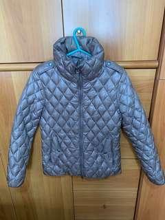 99% 新 只著一次 AIGLE Size S 細碼 UK8 菱形 patten 法國保暖羽絨外套 Jacket Certexy 淺啡色/淡金色