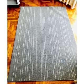 Carpet - Grey & White