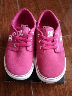 Size 27 (NEW) DC Shoes