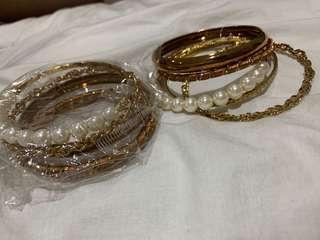 Gold bangle 2 sets