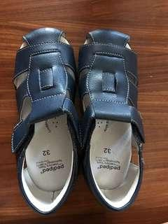 🚚 Pediped shoes leather size 32