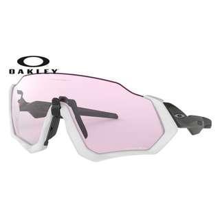Authentic Oakley Flight Jacket Sunglasses White (Prizm low light Lens)