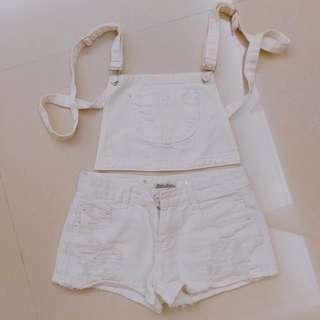 🚚 白色刷破吊帶短褲
