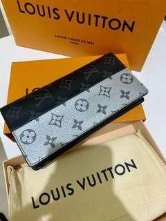 Limited Edition Louis Vuitton Brazza Wallet