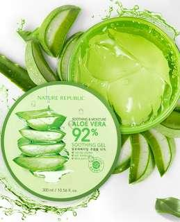 Nature Republic Soothing and Moisture Gel