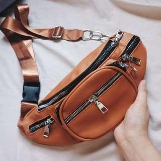 Leather belt bag/fanny pack