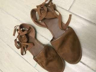 日系古著仿麂皮麻編織纏繞綁帶細腿平底涼鞋