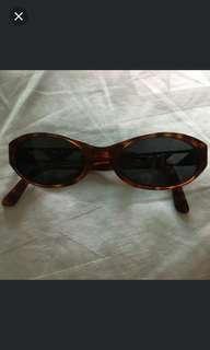 🚚 Authentic armani sunglass