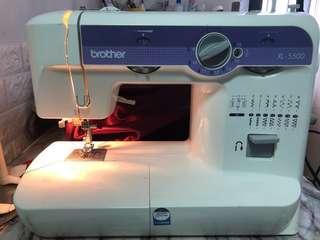 兄弟牌家用衣車xl5500brother sewing machine