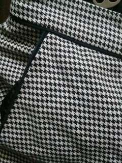 Checkered crop pants