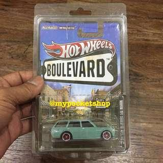 🚚 Hot Wheels '71 DATSUN BLUEBIRD 510 WAGON (Boulevard)