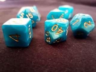 🚚 Blue and Gold Aqua Dice: Set of 7, BN