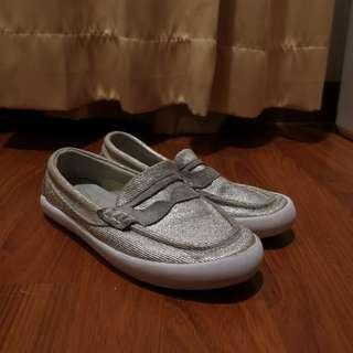 Cole haan penny pinch loafers size 1 toddler sepatu anak