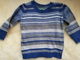 Cashmere and wool Benetton Sweater made in Italy. Size 1 year to 2 years. Purchased new for $79. PU Gerrard and main for $14 or Yorkville for $15