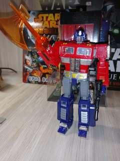 Transformers MP10v Optimus Prime Voyager Class