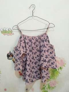 Blouse shoulder pink floral
