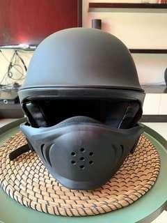 Bell rogue style helmet