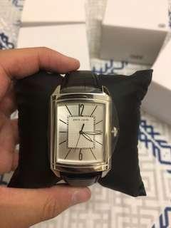 Pierre Cardin Men Leather Watch elegant prime gentlemen