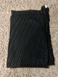 Pashmina bahan pleats hitam