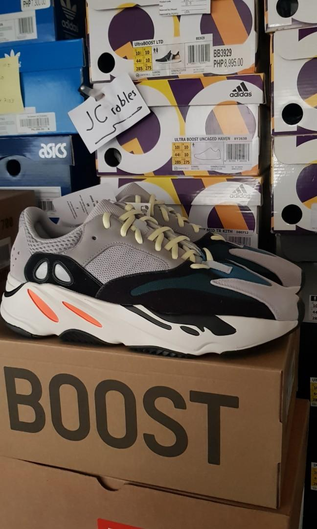 huge discount 8755e c030c Adidas Yeezy Boost 700 Waverunner on Carousell