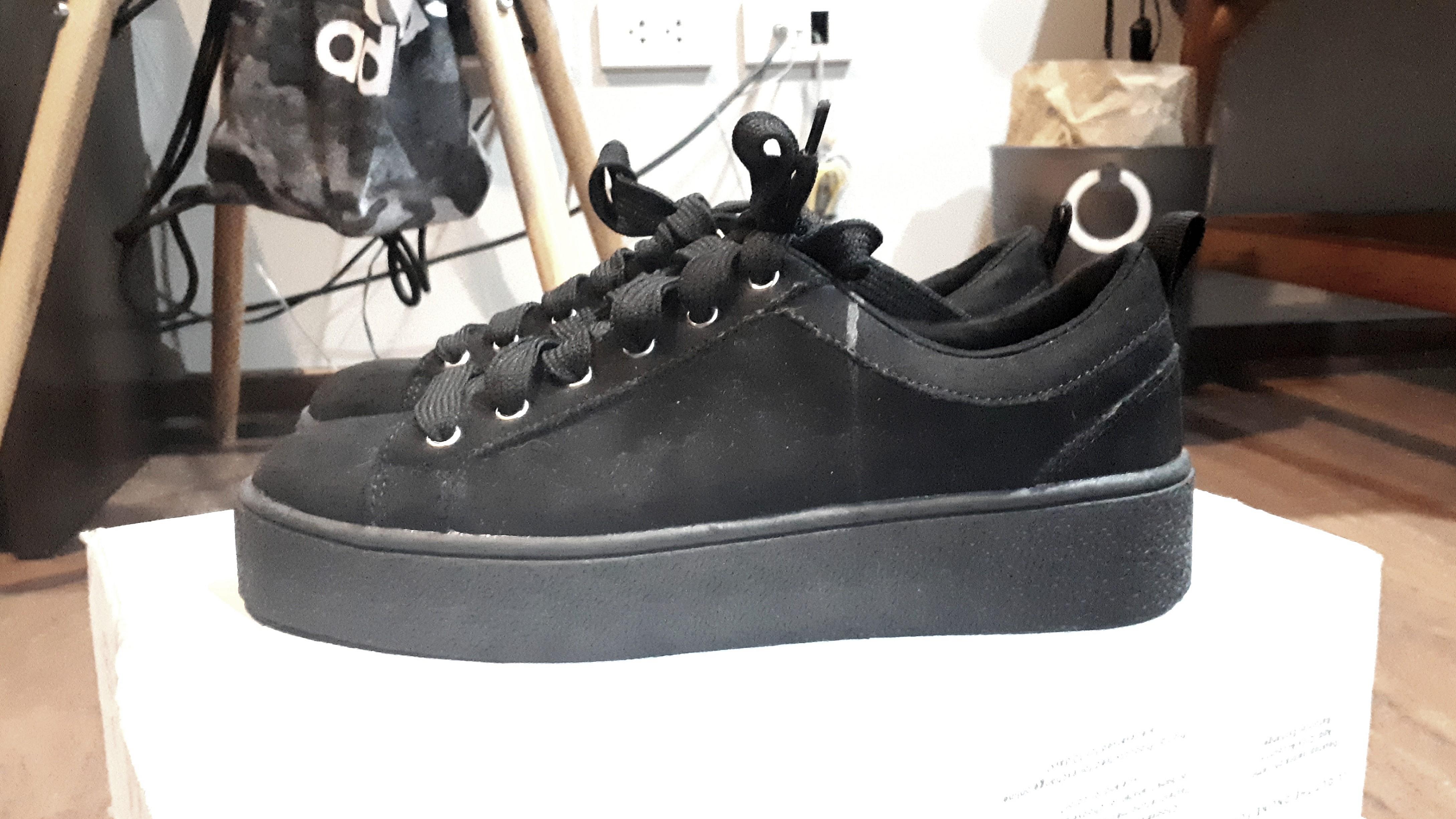 4afd5b17bdb Bershka Platform Sneaker (Black)